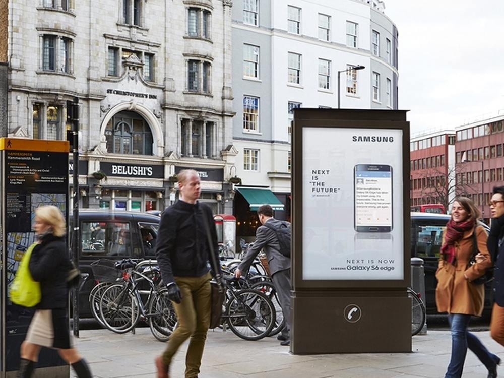 London: 6Sheet CLP und Telefonzelle in einem (Foto: JCDecaux)
