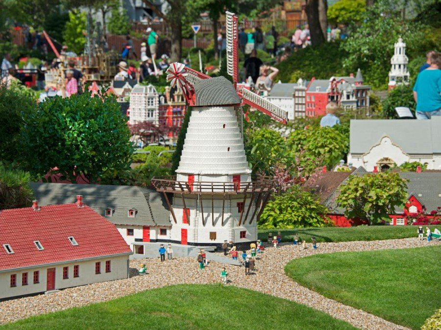 Kleine Steine, viele Besucher - Legoland in Billund (Foto: Visit Denmark)