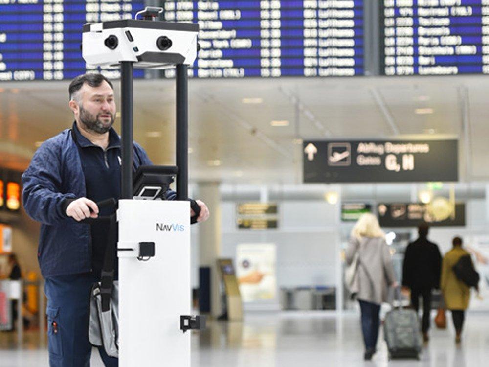 Navvis Trolley am Münchner Flughafen (Foto: Flughafen München)