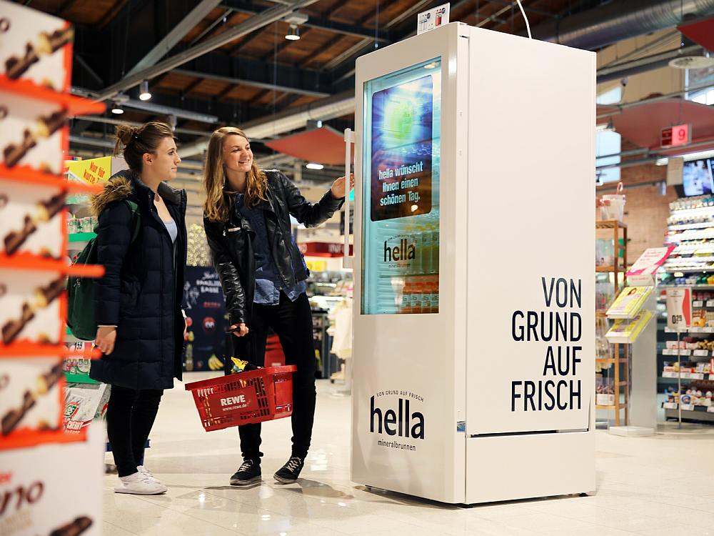 Neuer Hella ScreenFridge am PoS (Foto: pilot Screentime)