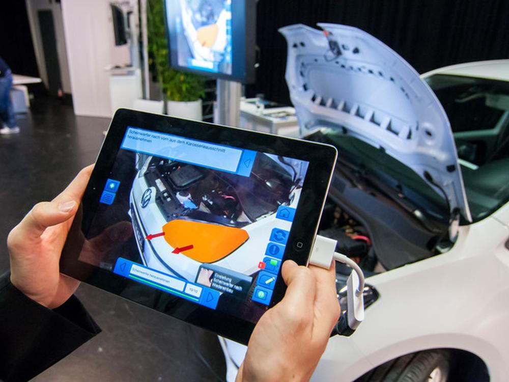 Service & Maintenance - AR-Anwendung in der Industrie (Foto: Metaio)