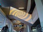 Spirale weckt Aufmerksamkeit: Kampagne für Sixt am Airport CGN (Foto: invidis)