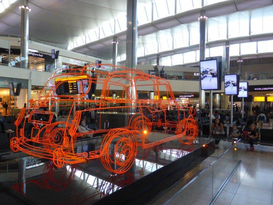Airport DooH - Video meets Public Touch Points (Photo: invidis)