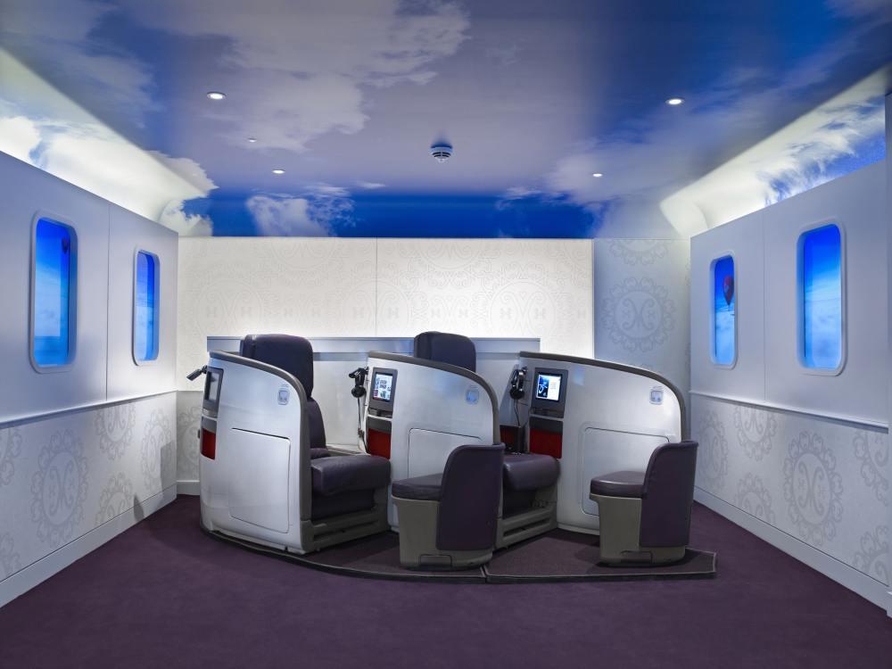 Besser als Fliegen: Flugzeugsitze von Virgin Atlantic bei Virgin Money (Foto: Virgin Money)