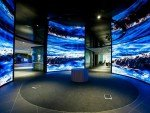 Die drei NanoCurve-Displays des Partnership Hub (Foto: Telstra)