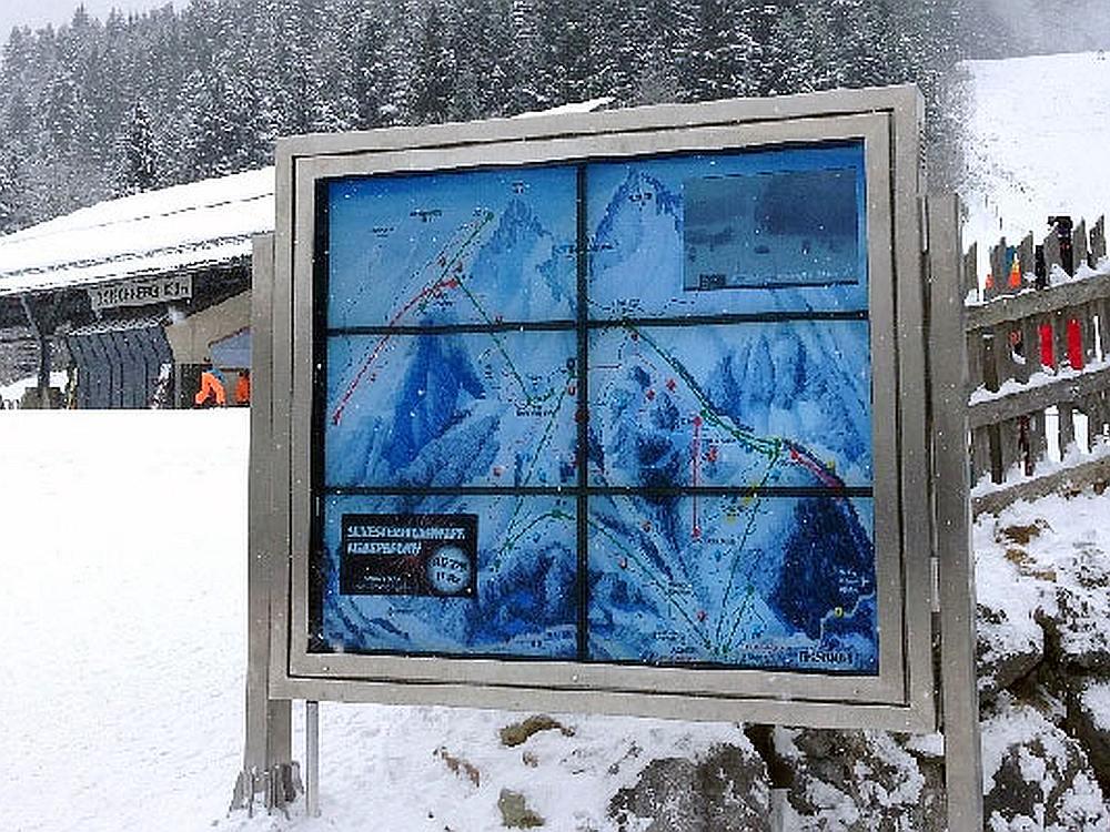 Einsatz von Digital Signage im Ski-Gebiet (Foto: Kapsch)