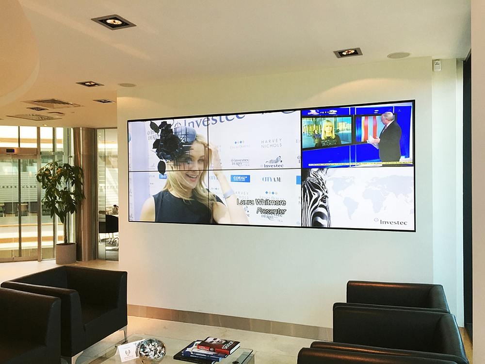 Video Wall bei Investec in Dublin (Foto: Emotion Media)