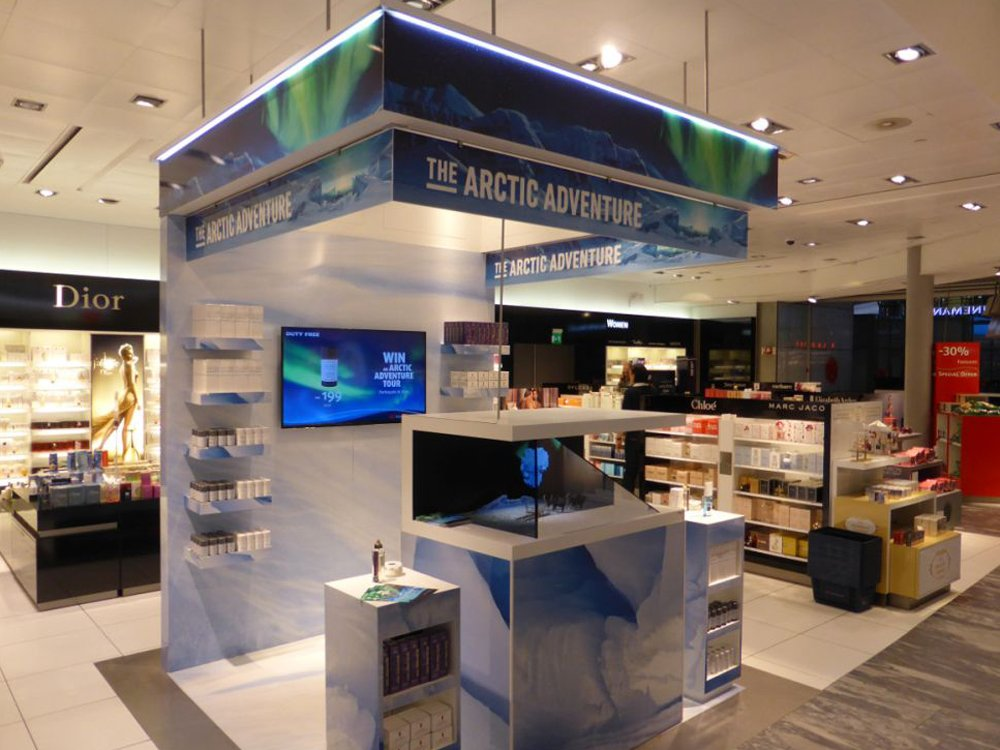 Digital Signage at Duty Free Shop at Oslo Airport (Image: invidis)