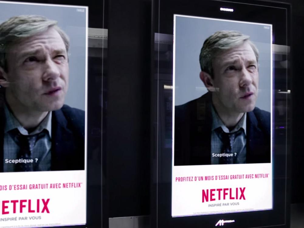 Noch ist er skeptisch: GIF-Kampagne für Netflix (Screenshot: invidis)