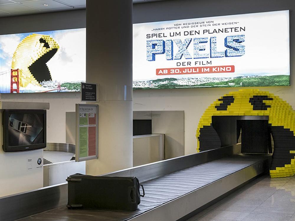 Gelber Schreck am Airport München - der Pac Man von Sony Pictures (Foto: OMD Germany)