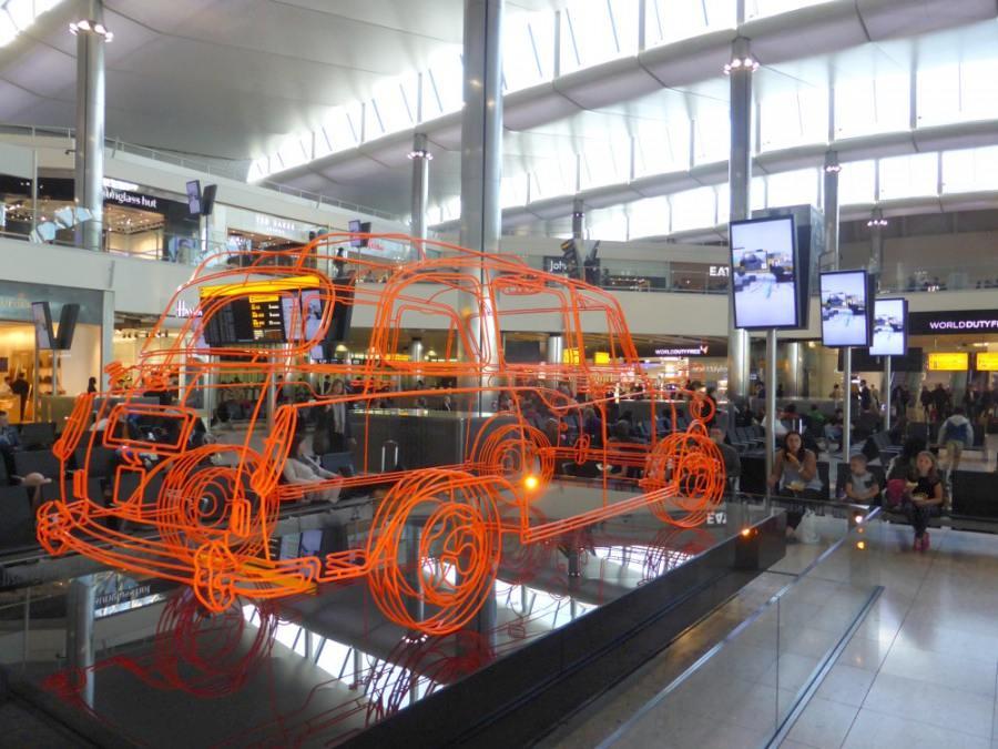 DooH Screens am Airport (Foto: invidis)