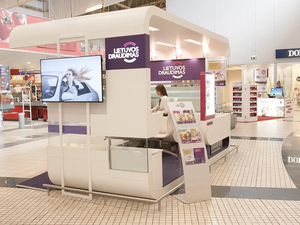 Filiale von Lietuvos Draudimas in einer litauischen Shopping Mall (Foto: Signagelive)
