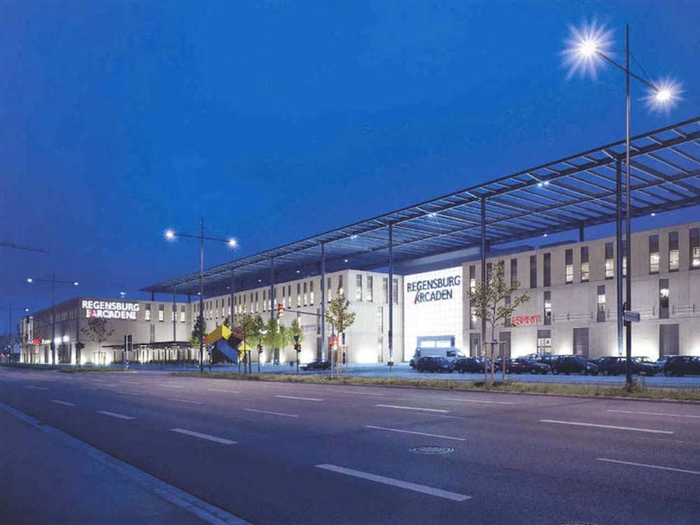 Shoppingcenter Regensburg Arcaden (Foto: mfi)