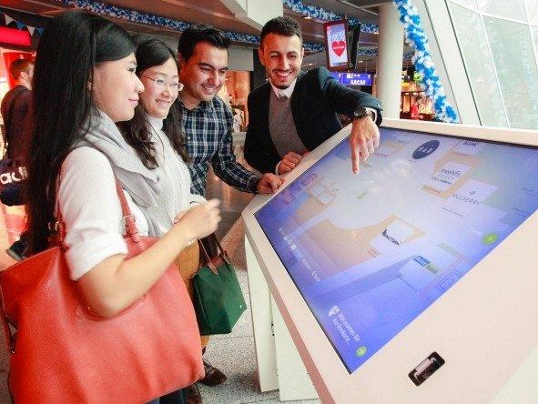Neue digitale Touchpoints am FRA (Foto: Fraport)