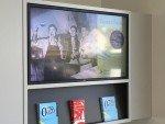 Aktuelle Marketing-Kampagne der Clientis Zürcher Regionalbank auf dem Digital Signage-System (Foto: SwissScreen)