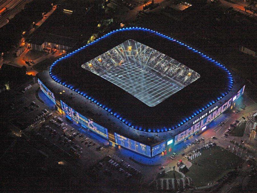 Neubau rechnete sich - Ghelamco Arena bei der Erröffnung (Foto: Ghelamco Arena)