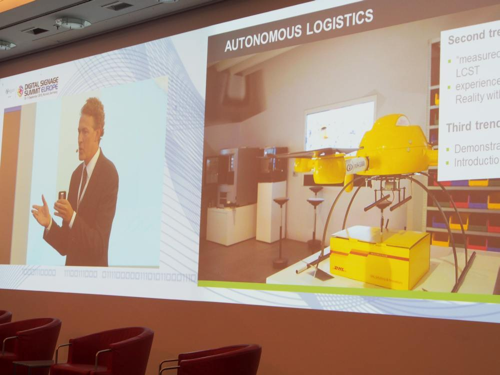 Roland Grassberger stellte das DHL Innovation Centre vor (Foto: invidis)
