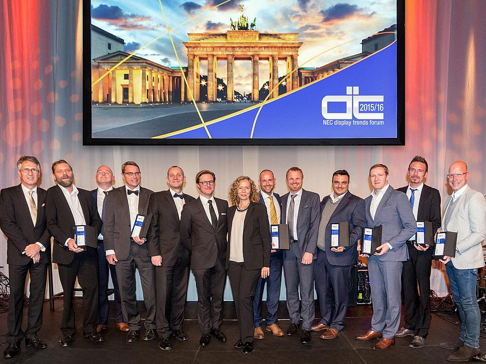 Display Trends Forum Partner Awards - Preisverleihhung und Gewinner (Foto: NEC)