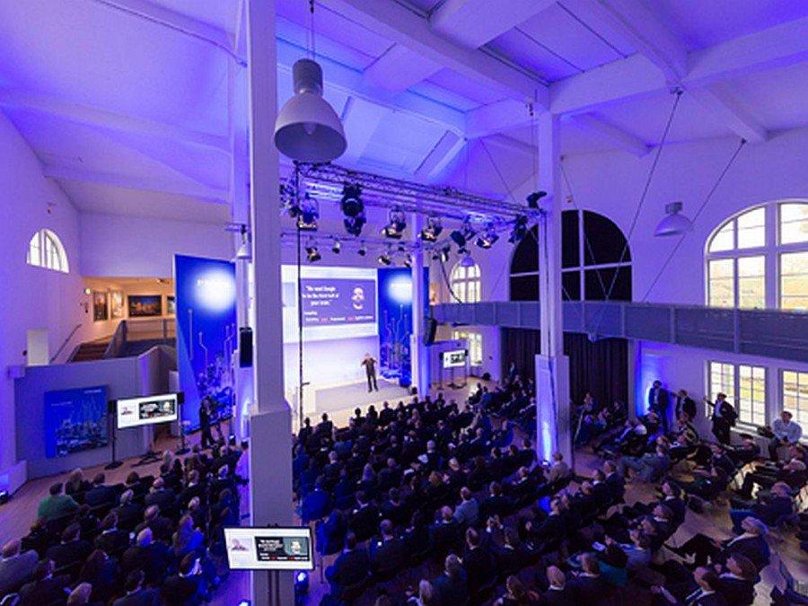 Hauptbühne während des Tech Data Kongresses (Foto: Tech Data)