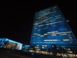Strahlte ganz in Blau - UN Gebäude in New York (Foto: UN Photo / Eskinder Debebe)