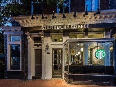Kein Drive-Thru, also auch künftig ohne Outdoor Screen - Starbucks Store, Capitol Hill, Washington, D.C. (Foto: Starbucks)