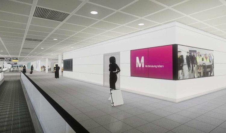 Displays at Munich Satellite Terminal (Photo: FMG)