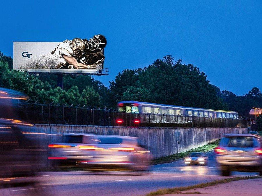 Billboard von Outfront Media in Nordamerika (Foto: Outfront Media USA)