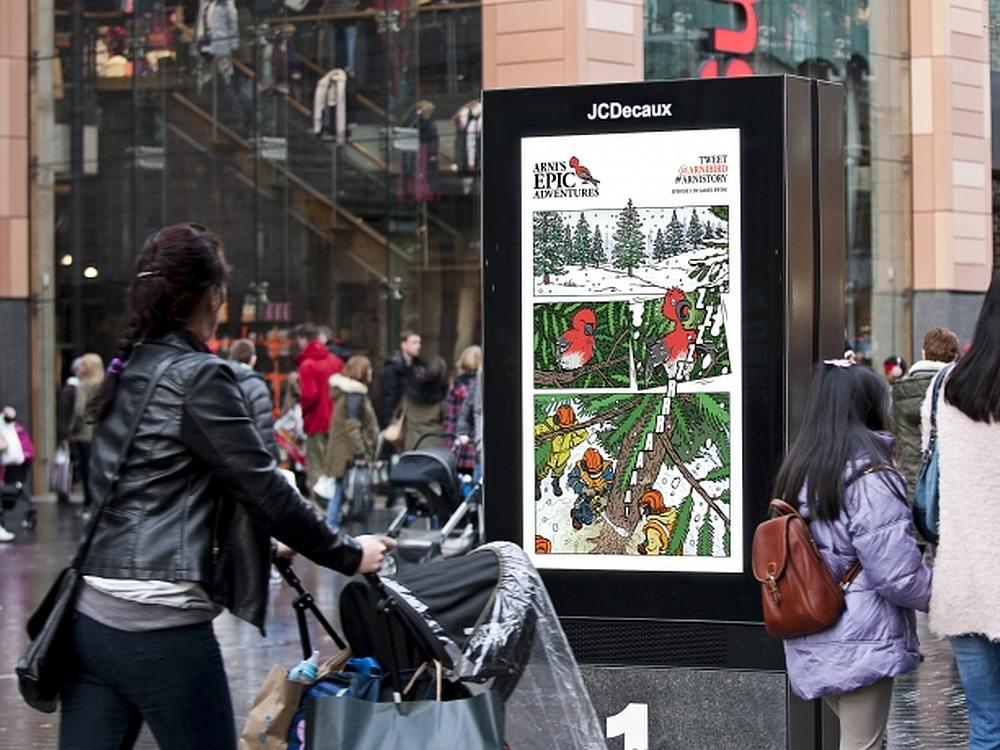 Digital Roadside Screen in Liverpool mit der ersten DooH Serie Großbritanniens (Foto: JCDecaux)