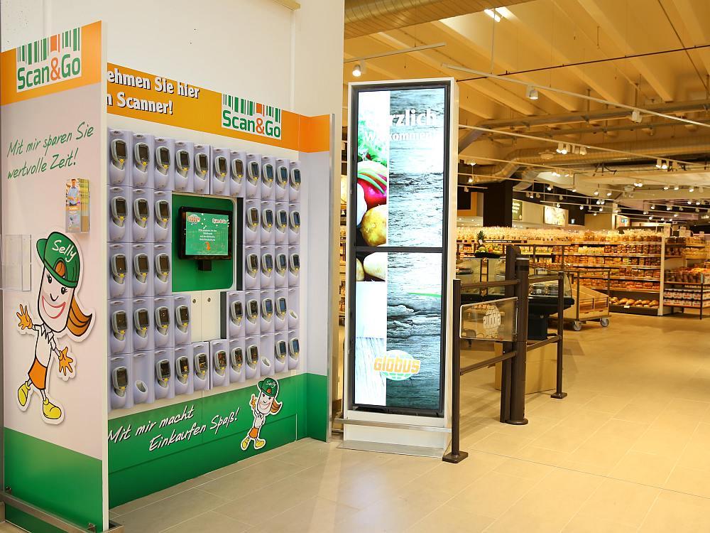 Scan&Go Station bei Globus in Koblenz (Foto: Globus)