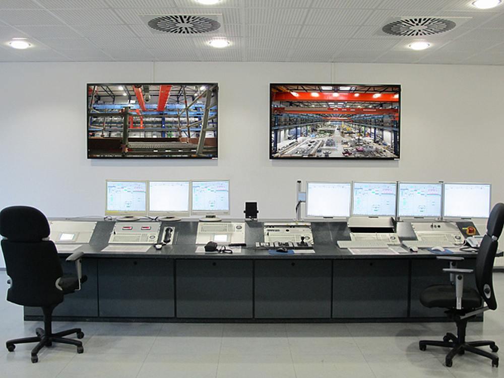 Blick in den neuen Kontrollraum des Siemens Oil & Gas MTC (Foto: LK-AG)