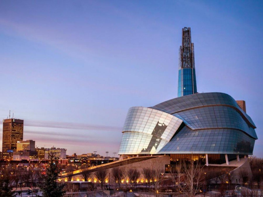 Das Canadian Museum for Human Rights in Winnipeg mit seinem markanten Tower of Hope (Foto: David Steinberg / Electrosonic)