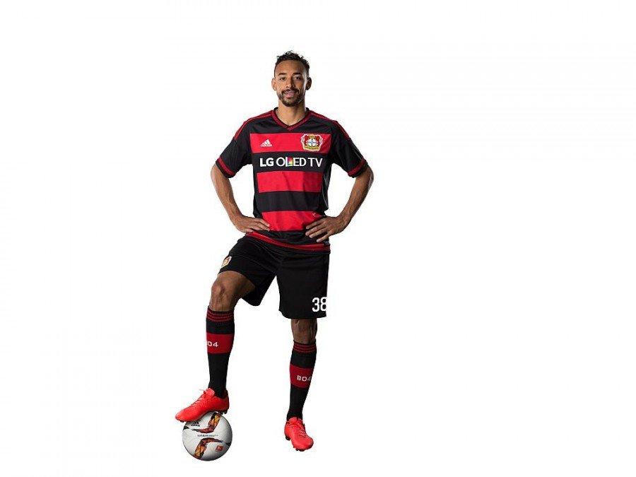 Soll im neuen Trikot ins Schwarze treffen - Bayer Stürmer Karim Bellarabi (Foto: LG)