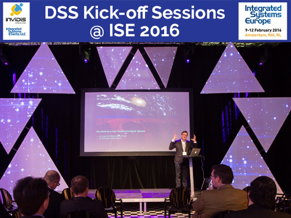 Präsentation im Commercial Solutions Theatre auf der ISE 2015 (Foto: Integrated Systems Events)