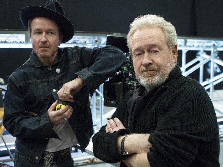Am Set von Man of the Future - Regisseur Jake Scott und Vater und Produzent Ridley Scott (Foto: LG)