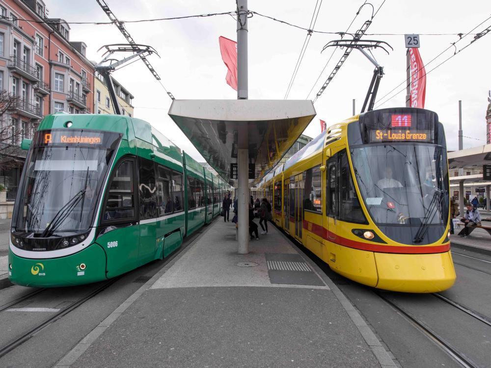 Basel - Bündelung der Werbevermarktung an und in Bus und Tram ab April 2016 (Foto: Basler Verkehrs-Betriebe)