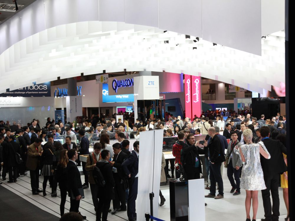 Besucher auf dem Mobile World Congress in Barcelona (Foto: GSMA)