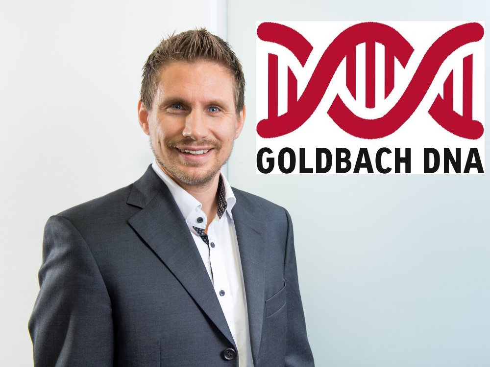 Horst Brunner, Unit Director DOOH Goldbach Media Austria, neues Goldbach D N A Logo (Foto; Grafik: Goldbach Media Austria)
