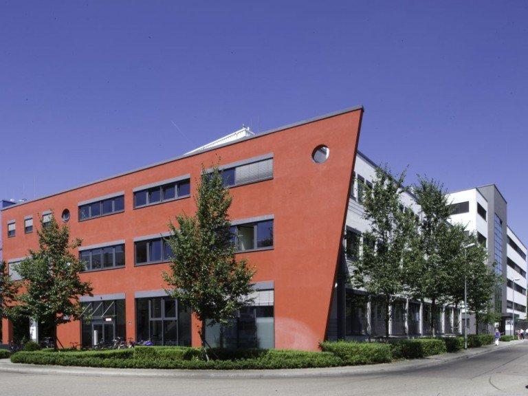 Media Saturn, Zentrale in Ingolstadt (Foto: Martin Hangen; Media Saturn)