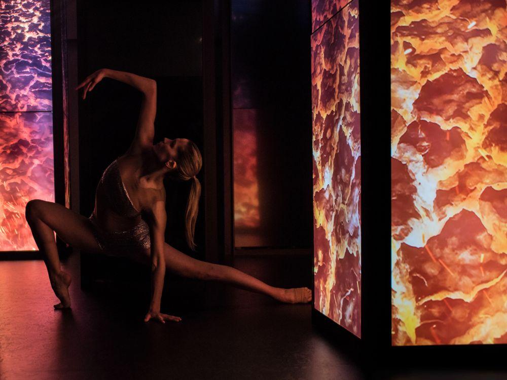 Neben Bewegtbild setzte die Wonder Japan Experience auf den Ausdruck durch live dargebotenen Tanz (Foto: Panasonic)