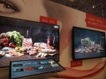 Wide Color Gamut Screen PN-H801 auf der ISE 2016 (Foto: invidis)