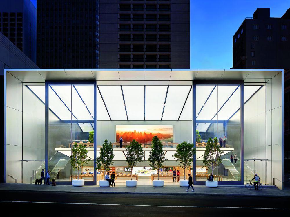 Apple Flagship Union Square mit 6K Video Wall am Abend (Foto: Apple)