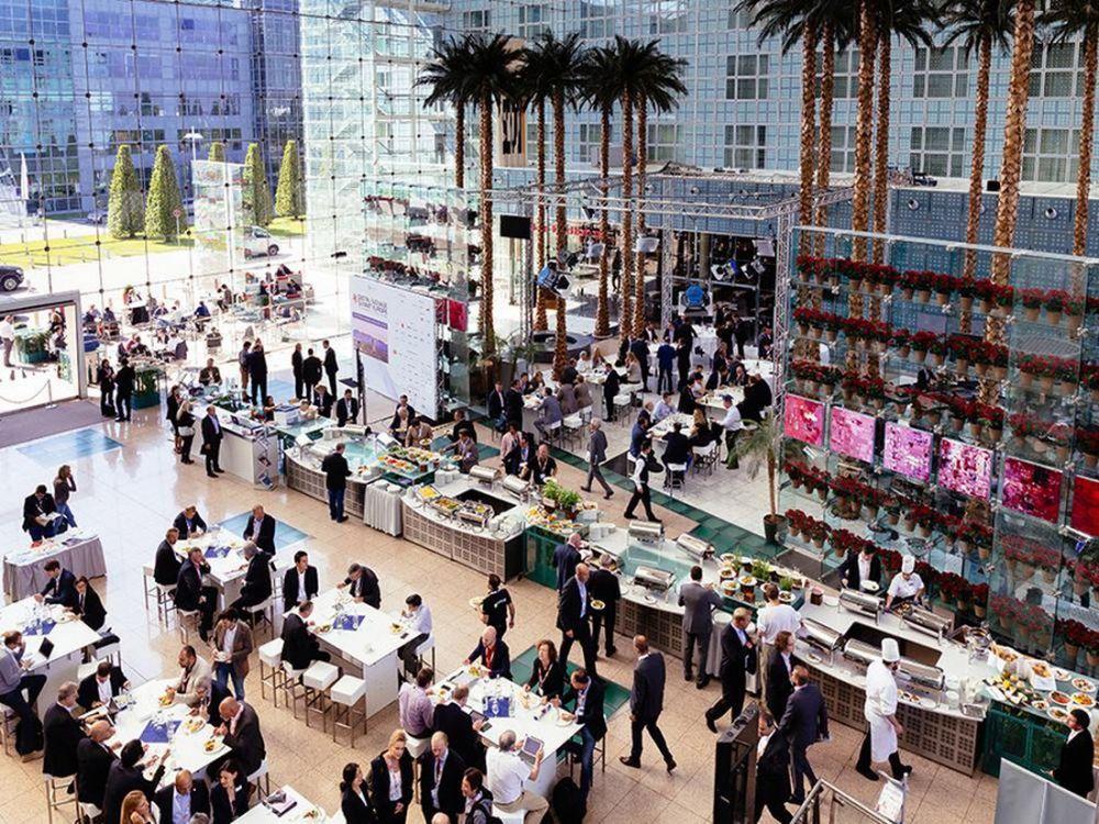 Besucher beim Digital Signage Summit Europe in München (Foto: Steffen Horak)