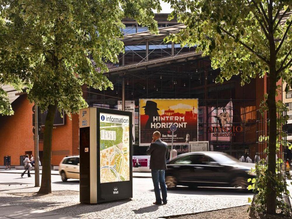 Derzeit vermarktet Wall bundesweit mhr als 89.400 Werbeflächen (Foto: Wall AG)