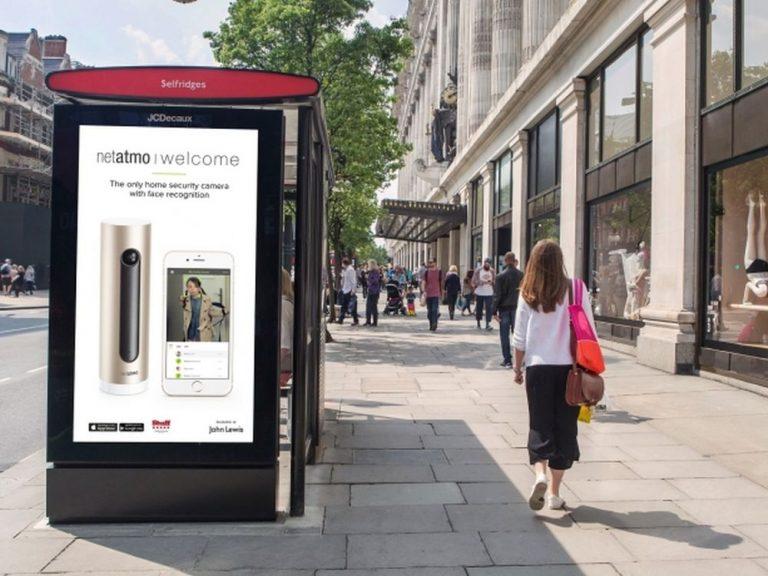 Doppelseitiger Screen des LDN Netzwerks an der Oxford Street (Foto: JCDecaux)