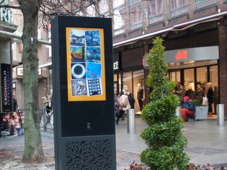 In Helsingborg installiertes 47 Zoll imotionG6 Front Glass Interactive Info Kiosk (Foto: Infinitus)