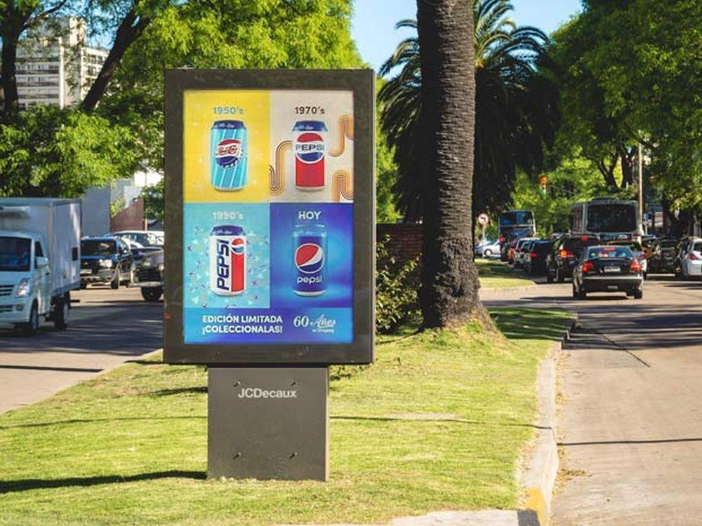 Kampagne zu 60 Jahren Pepsi in Uruguay auf einem CLP (Foto: JCDecaux)
