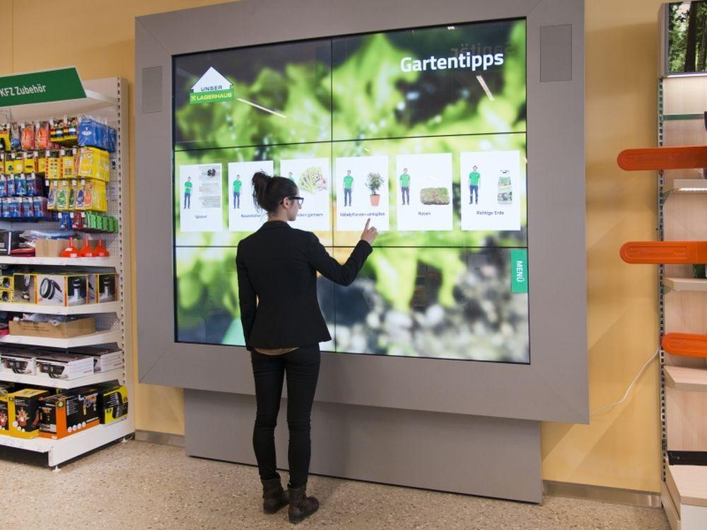 Pilotfiliale Lambach - neben Interaktion und Visualität übernehmen Datenbank eine tragende Rolle in dem Konzept (Foto: Umdasch Shopfitting)