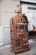 Steampunk ATM der CIB Bank in Budapest (Foto: Saatchi & Saatchi)