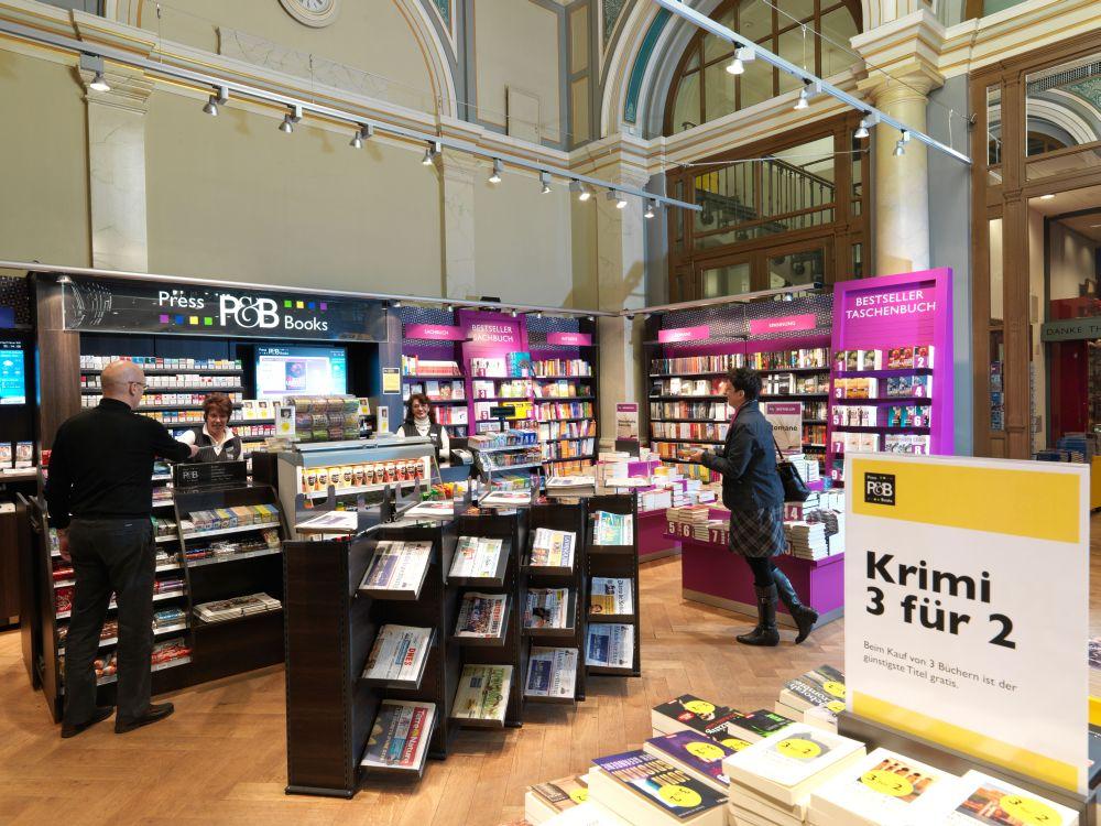 Kassenbereich in einem P&B Shop (Foto: Valora Holding)