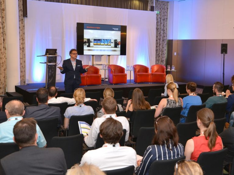 Programmatic in OoH war das Thema der Präsentation von Dr. Kai-Marcus Thäsler